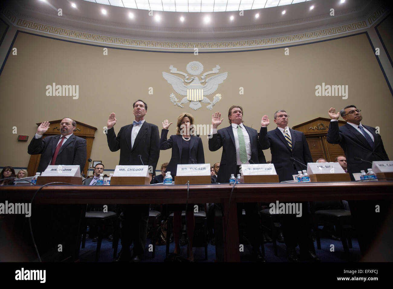 Witnesses are sworn in to testify at the House Oversight and Government Reform Committee hearing on the IRS targeting - Stock Image