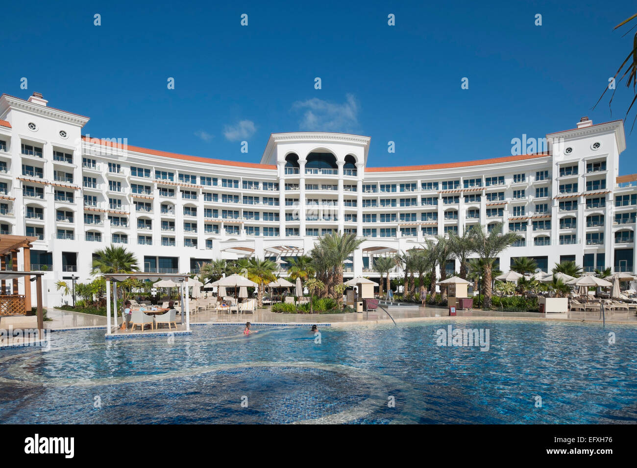 Waldorf Astoria Hotel On The Palm Jumeirah Island In Dubai United