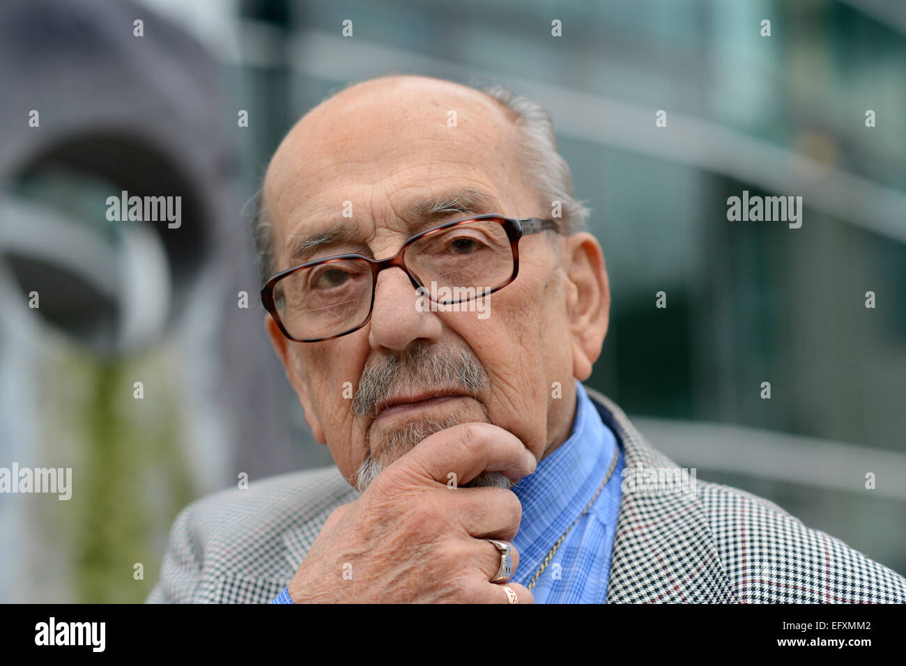 Holocaust survivor Harry Bibring who escaped from Vienna in 1939 and travelled to Britain - Stock Image