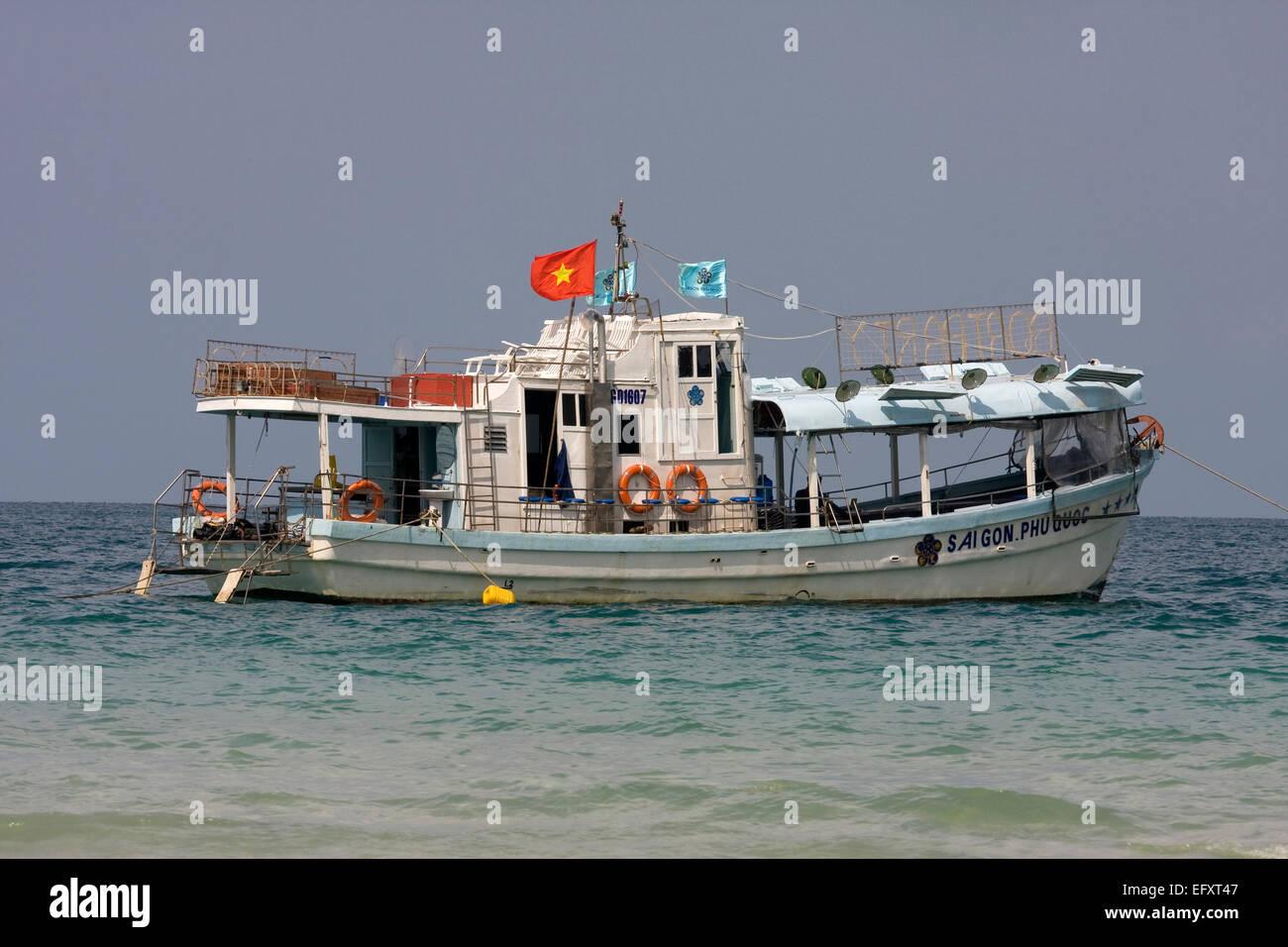 Excursion boat, Sao Beach, Phu Quoc Island, Vietnam, Asia - Stock Image