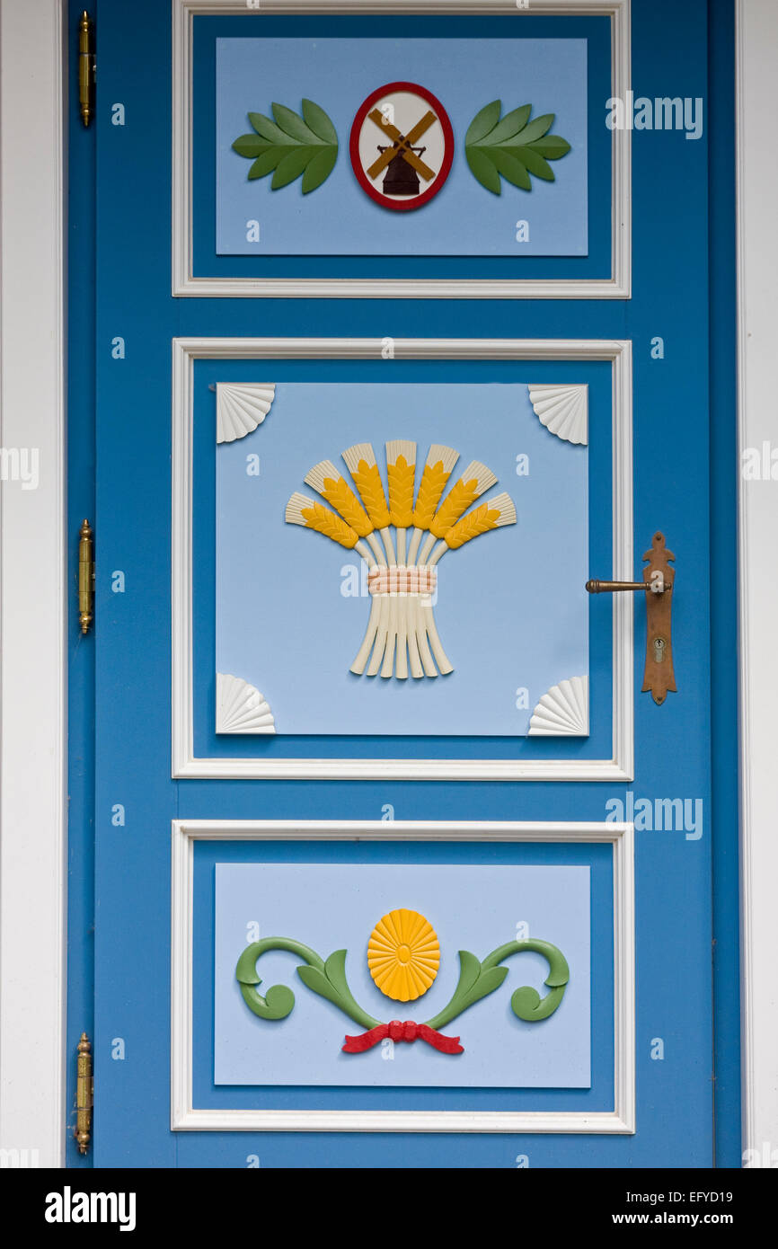 Entrance door on a typical house in Ahren shop on the island Darß,Germany,Europe Stock Photo