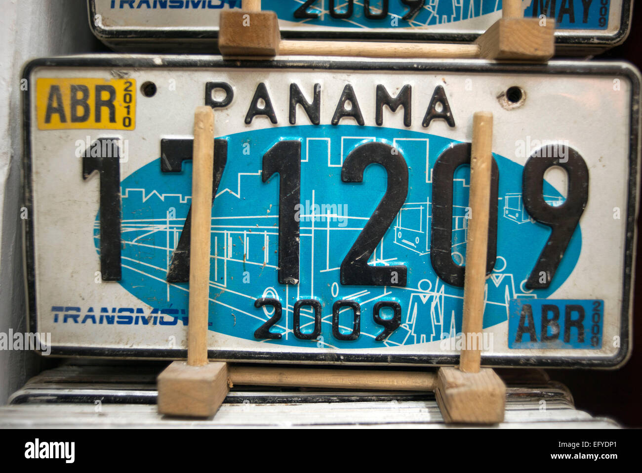 Panama Licence plate souvenir. Old car numberplates and Panama hats ...