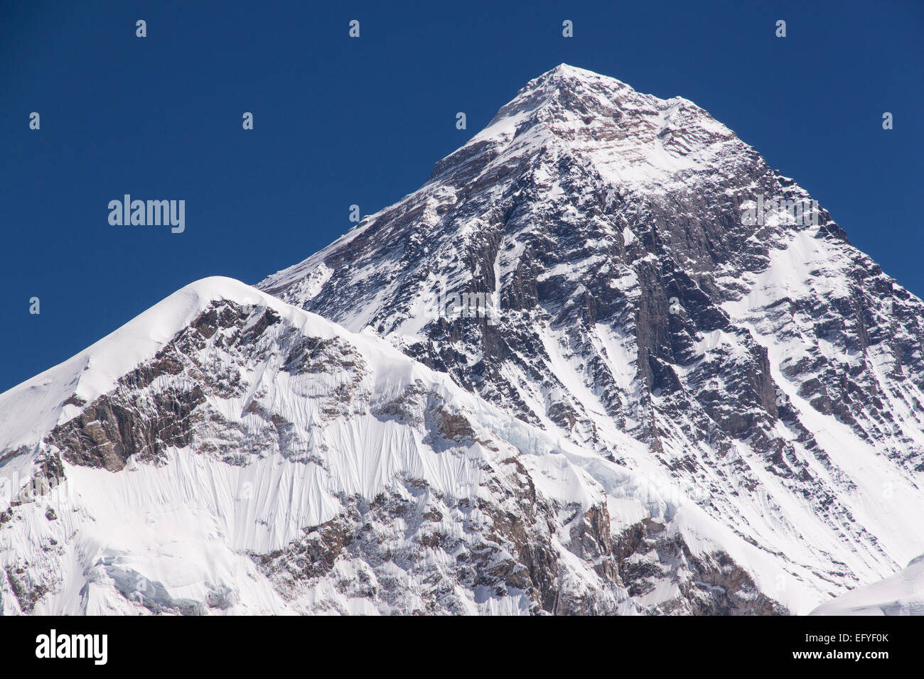 The peak of Mount Everest in Nepal - Stock Image