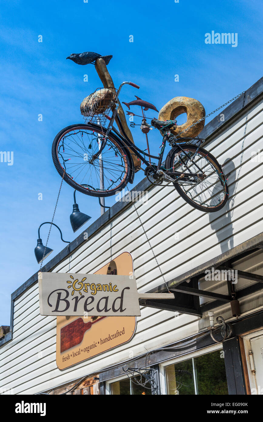 Organic bakery sign, Cowichan Bay, British Columbia, Canada - Stock Image