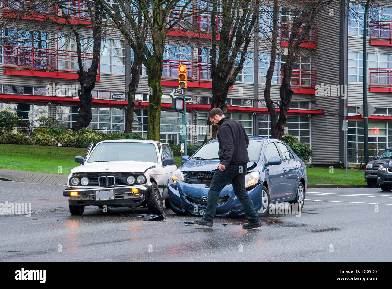 Car crash in intersection - Stock Image