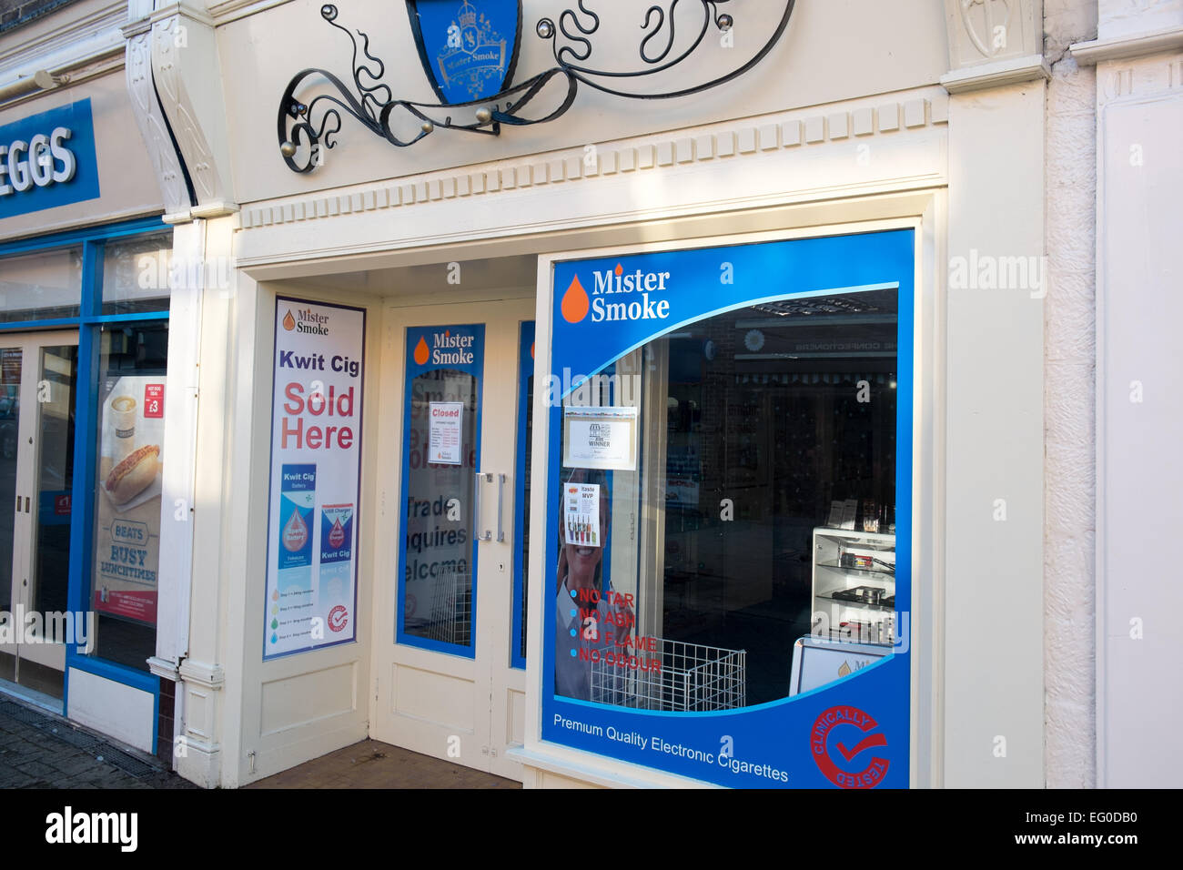 mister smoke shop in Belper, Derbyshire selling electronic e cigarettes and vaping mods - Stock Image