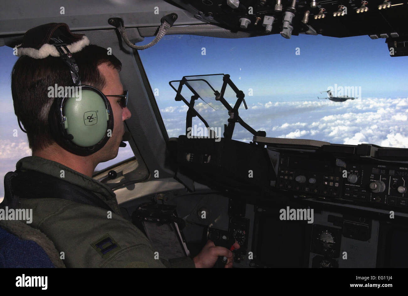 An air-to-air view from the flightdeck of a U.S. Air Force C-17 Globemaster III cargo aircraft returning to Germany Stock Photo