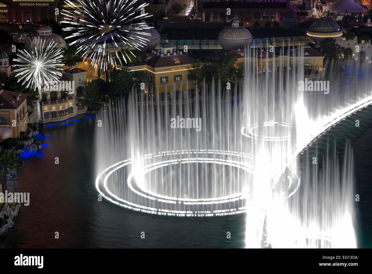 HOTEL CASINOS BELLAGIO FOUNTAINS SOUND LIGHT SHOW THE STRIP LAS VEGAS NEVADA USA Stock Photo