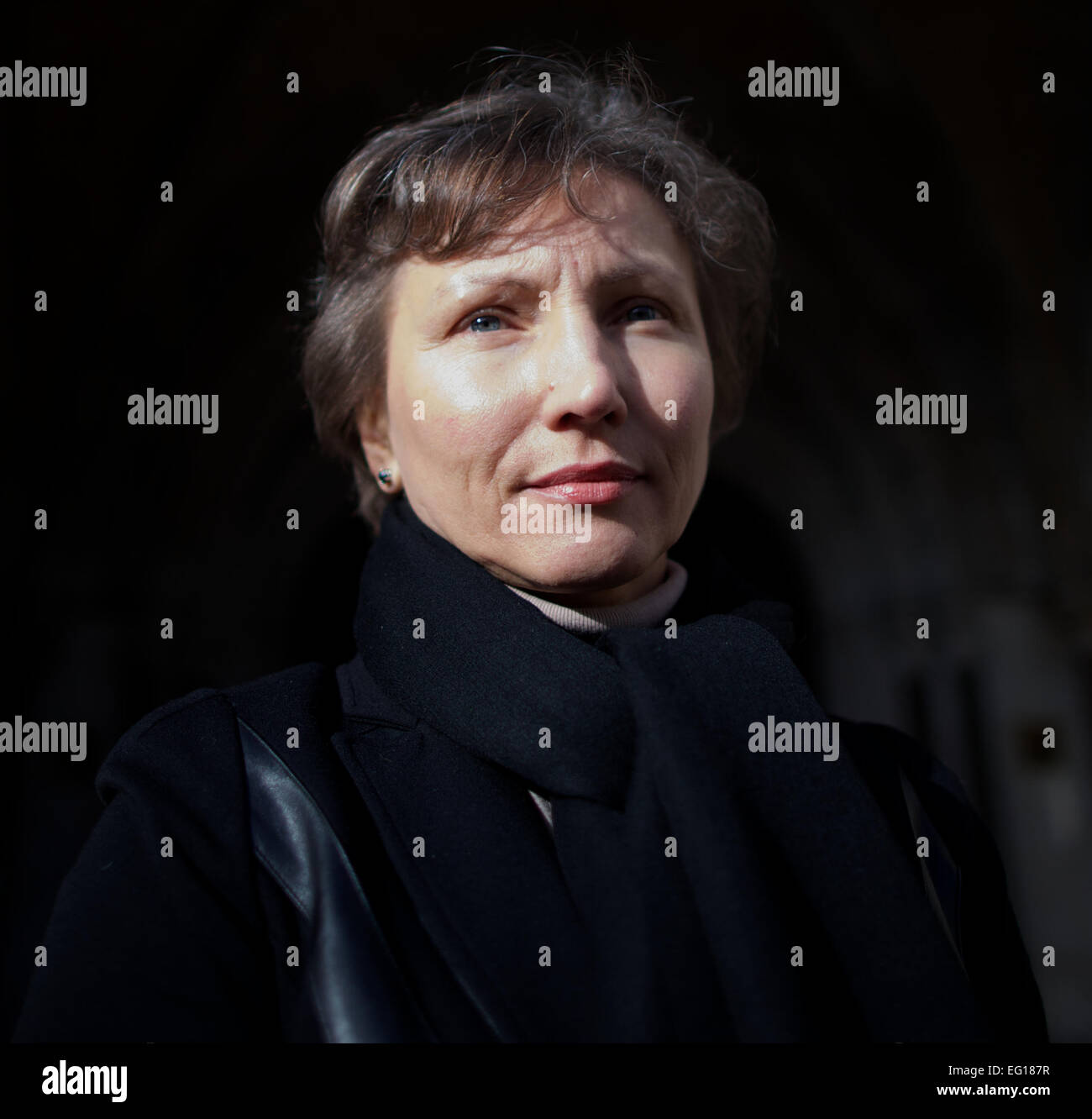 UNITED KINGDOM, London : Russian widow of the former KGB spy Alexander Litvinenko, Marina (R) is photographed leaving - Stock Image