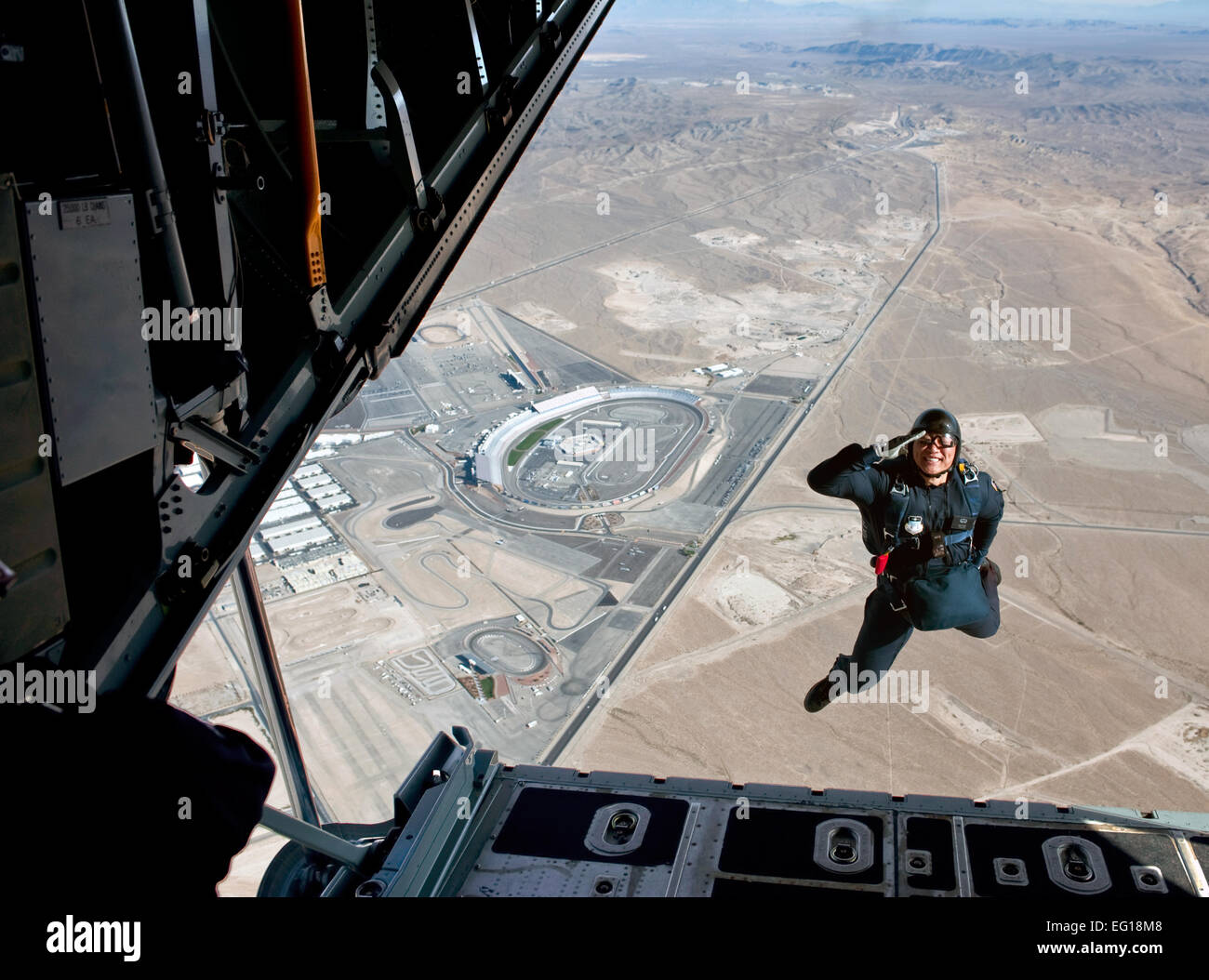 U.S. Air Force Academy Cadet 1st Class Alan Wong with the U.S. Air Force Academy parachute team, Wings of Blue, - Stock Image