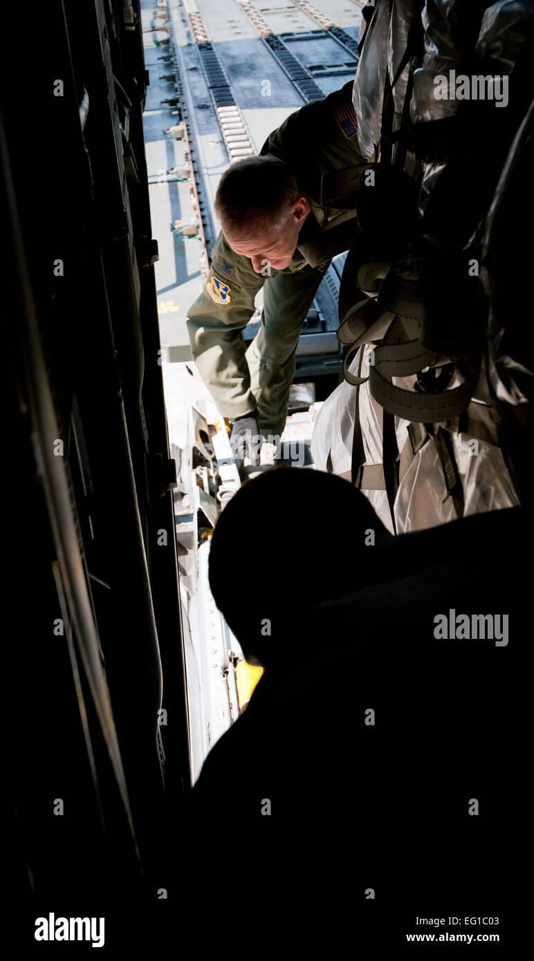 Cargo Door Stock Photos Images Alamy Electronic Filters Eg1003 Yokota Air Base Japan Col Otto Feather 374th Airlift Wing Commander