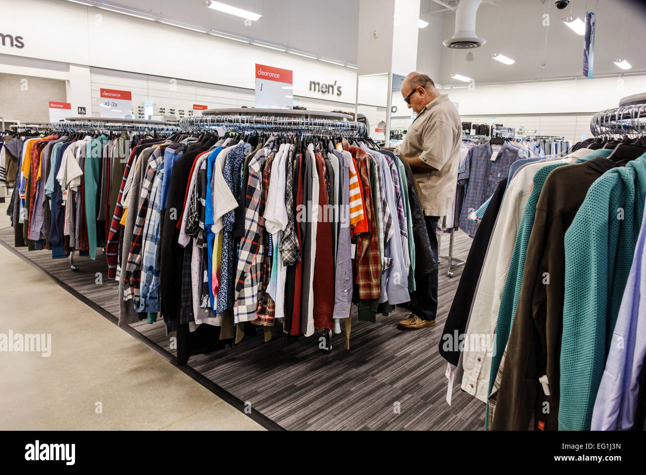 d8fdf28f8cb Nordstrom Rack Stock Photos Nordstrom Rack Stock Images