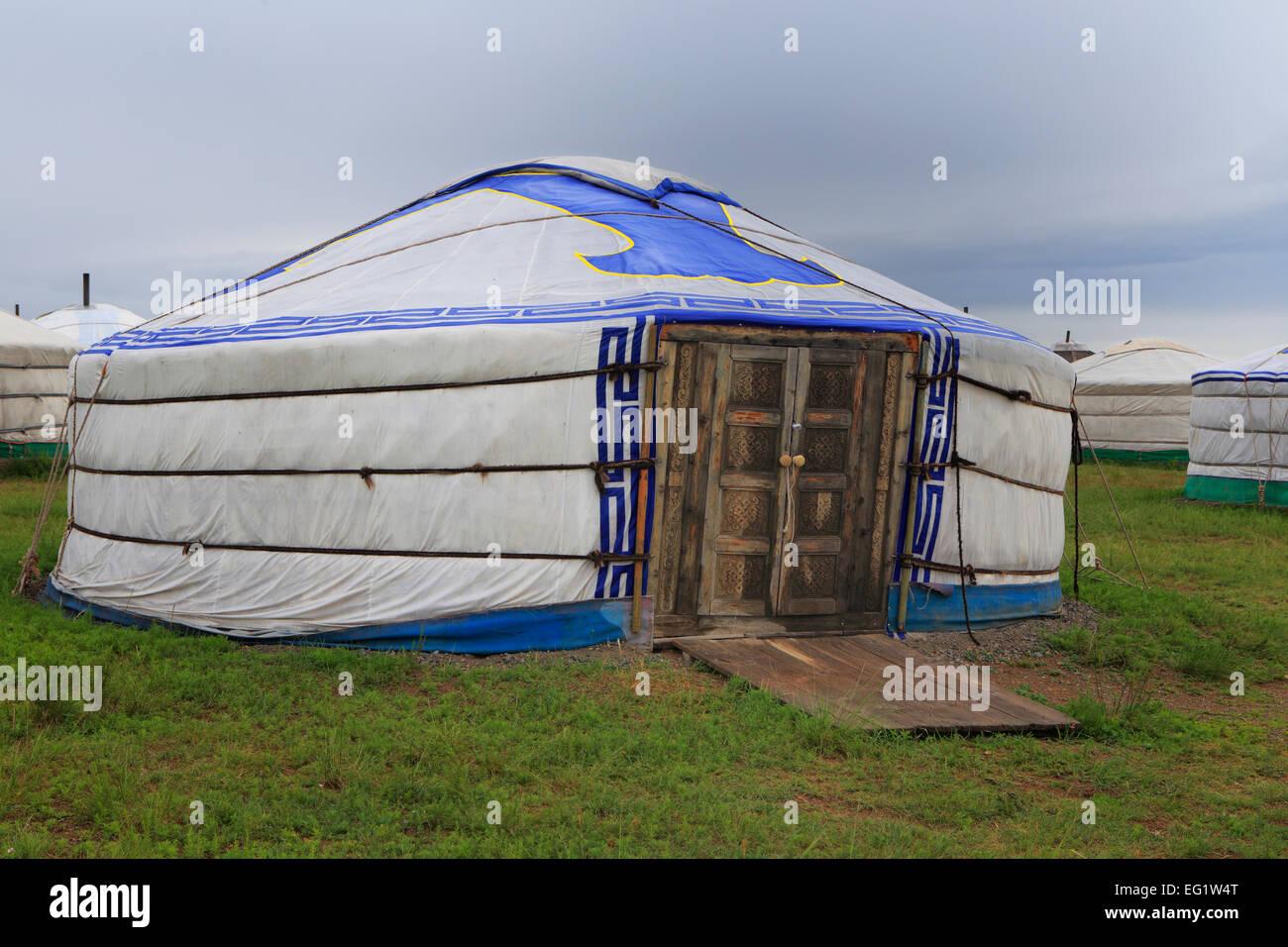 Traditional house in steppe, near Ogii lake, Arkhangai province, Mongolia - Stock Image