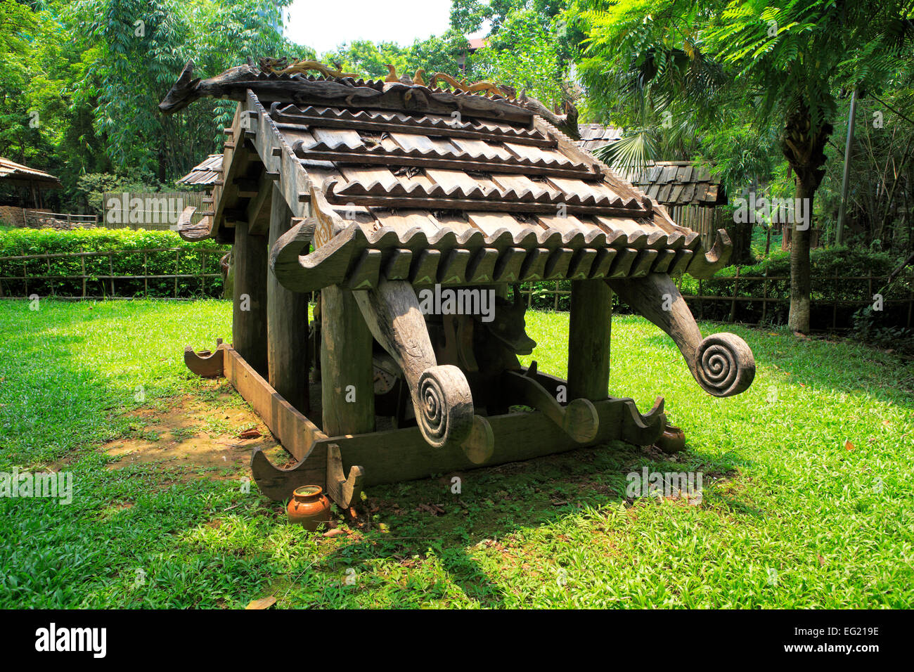 Wooden structure, Ethnography museum, Hanoi, Vietnam - Stock Image