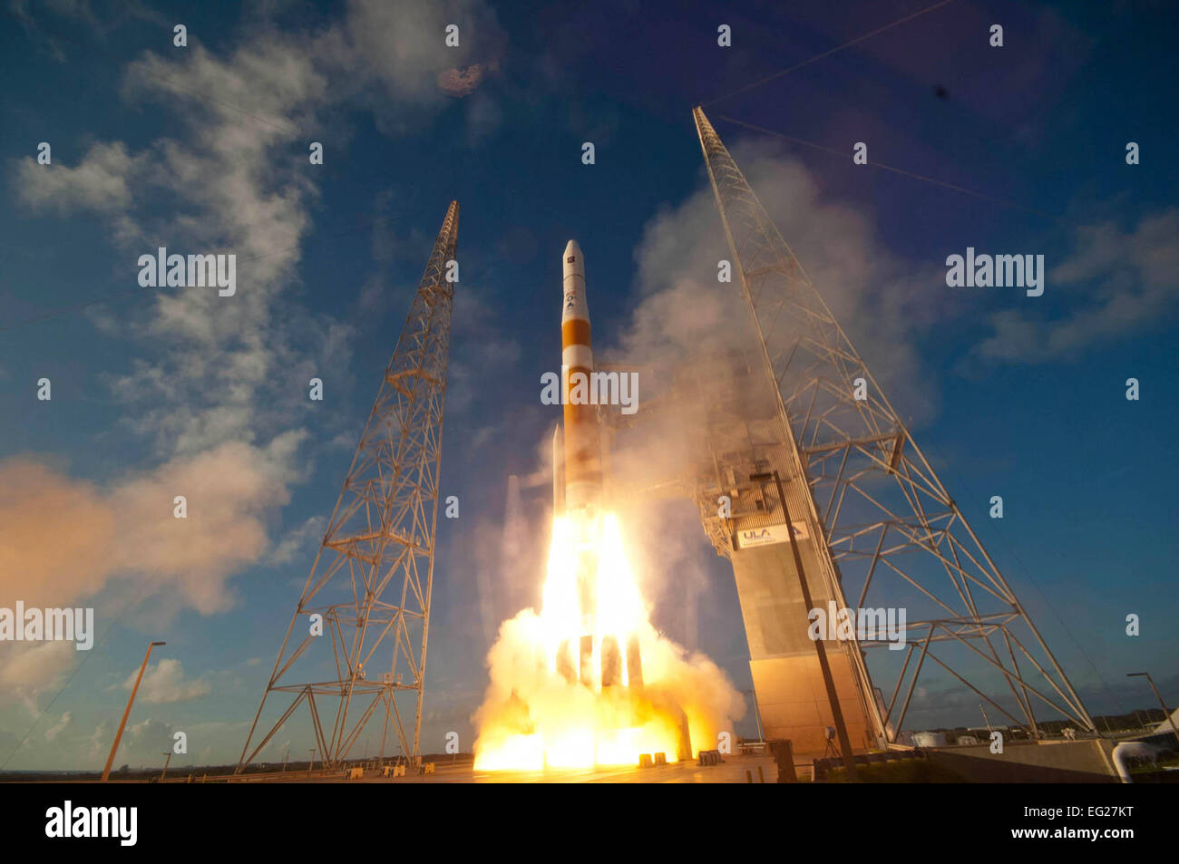 A Delta IV GPS IIF-3 is launched from Cape Canaveral Air Force Station, Fla., Oct. 4, 2012. GPS is a space-based, - Stock Image