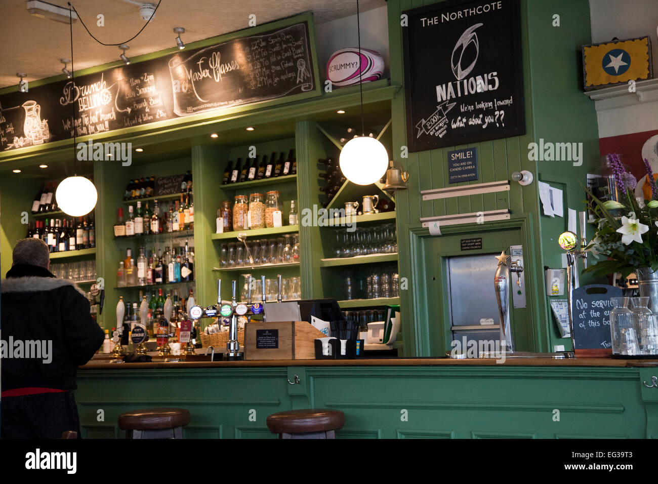 Northcote Rd Pub on Northcote Rd in Wandsworth/ Clapham -  London UK Stock Photo