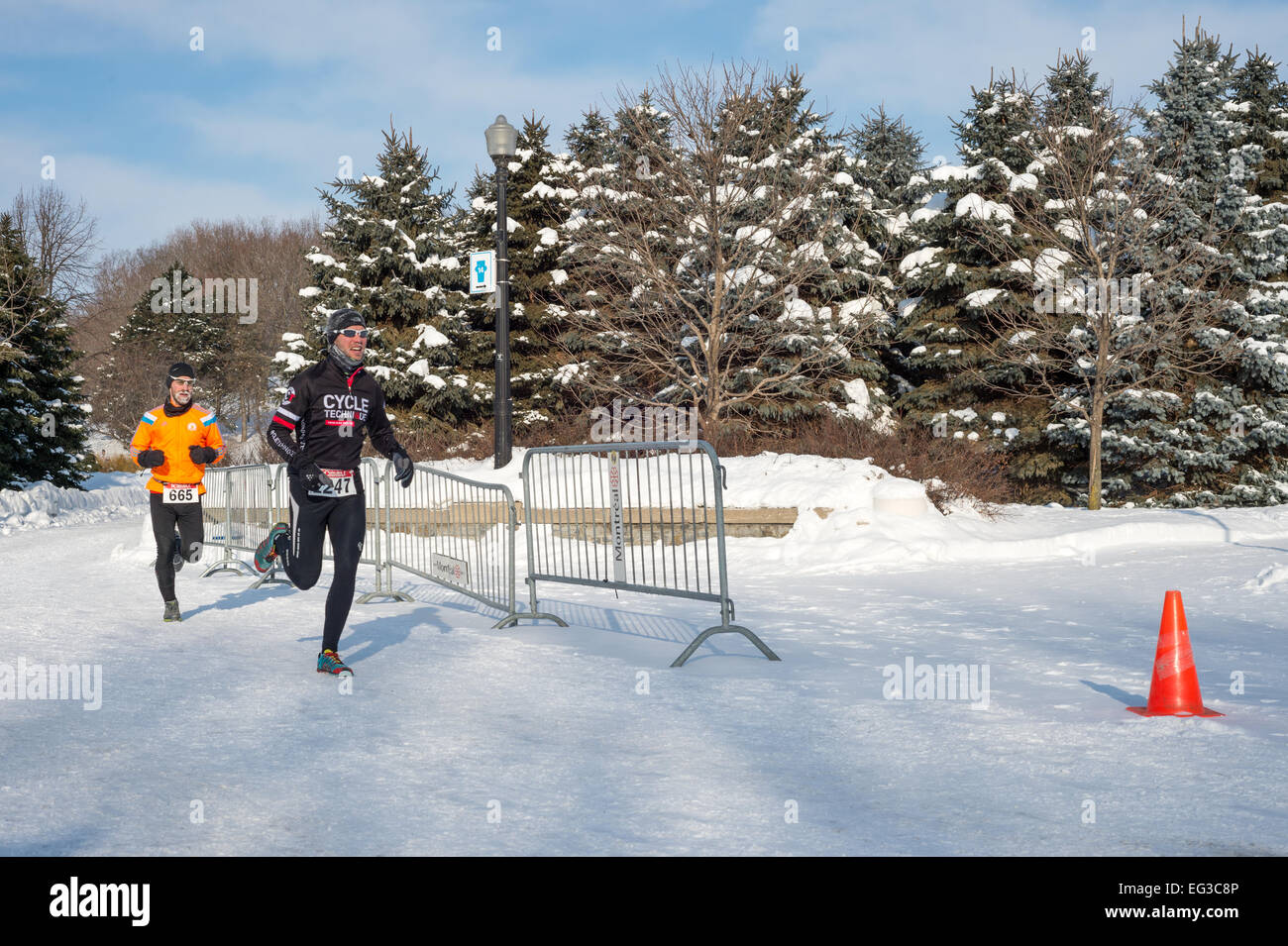 MONTREAL, CANADA, FEBRUARY 15: Unidentified runners during Hypothermic Half Marathon on February 15, 2015 in Montreal, - Stock Image