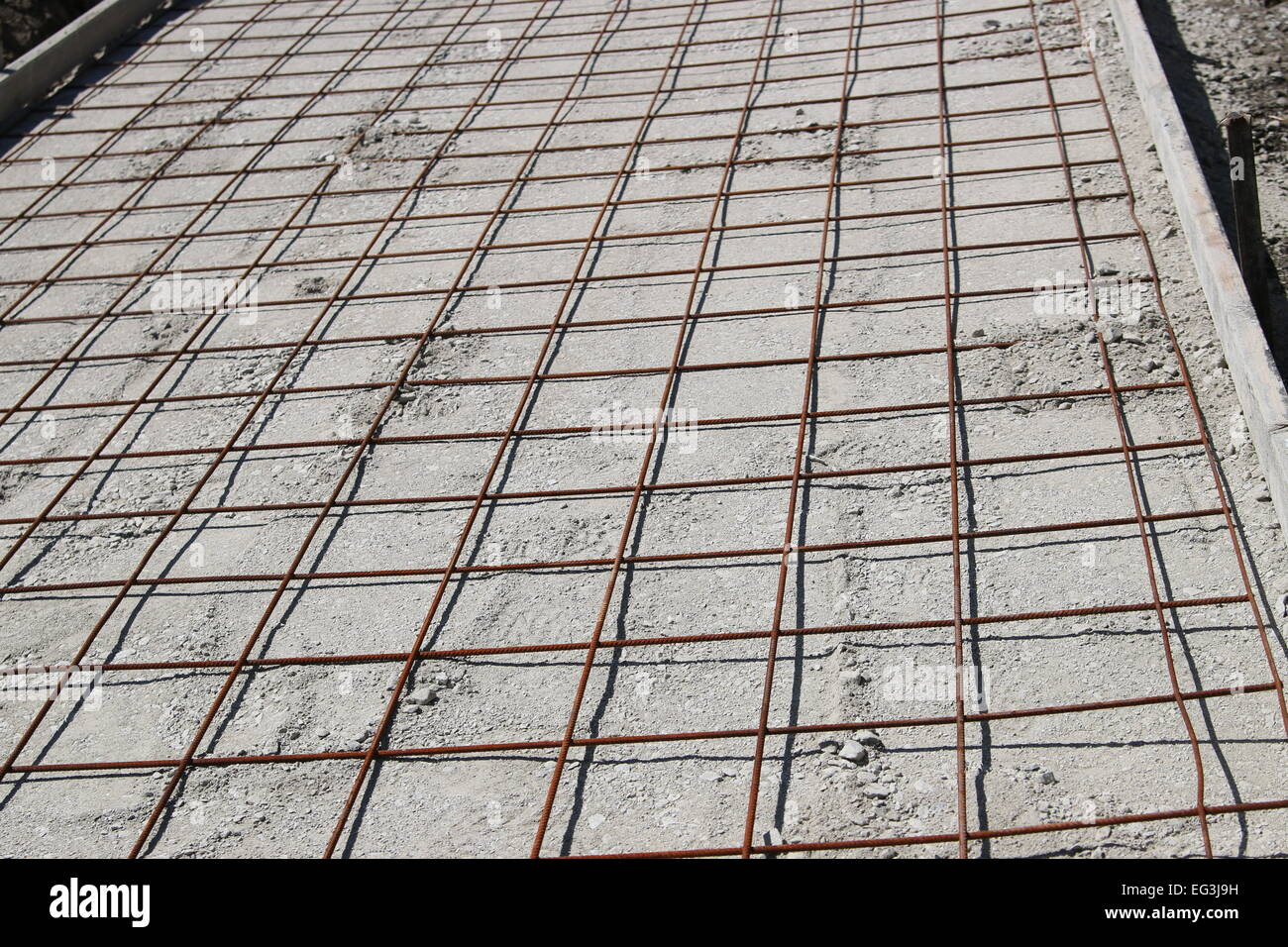 Steel frames for reinforced concrete pouring to making new walking ...