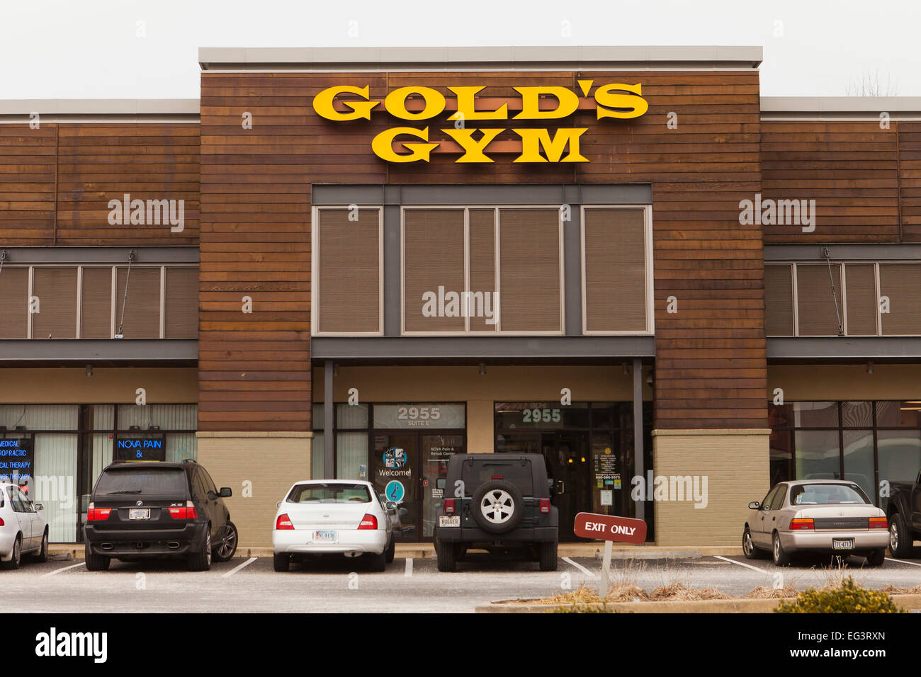 Golds Gym Stock Photos & Golds Gym Stock Images - Alamy