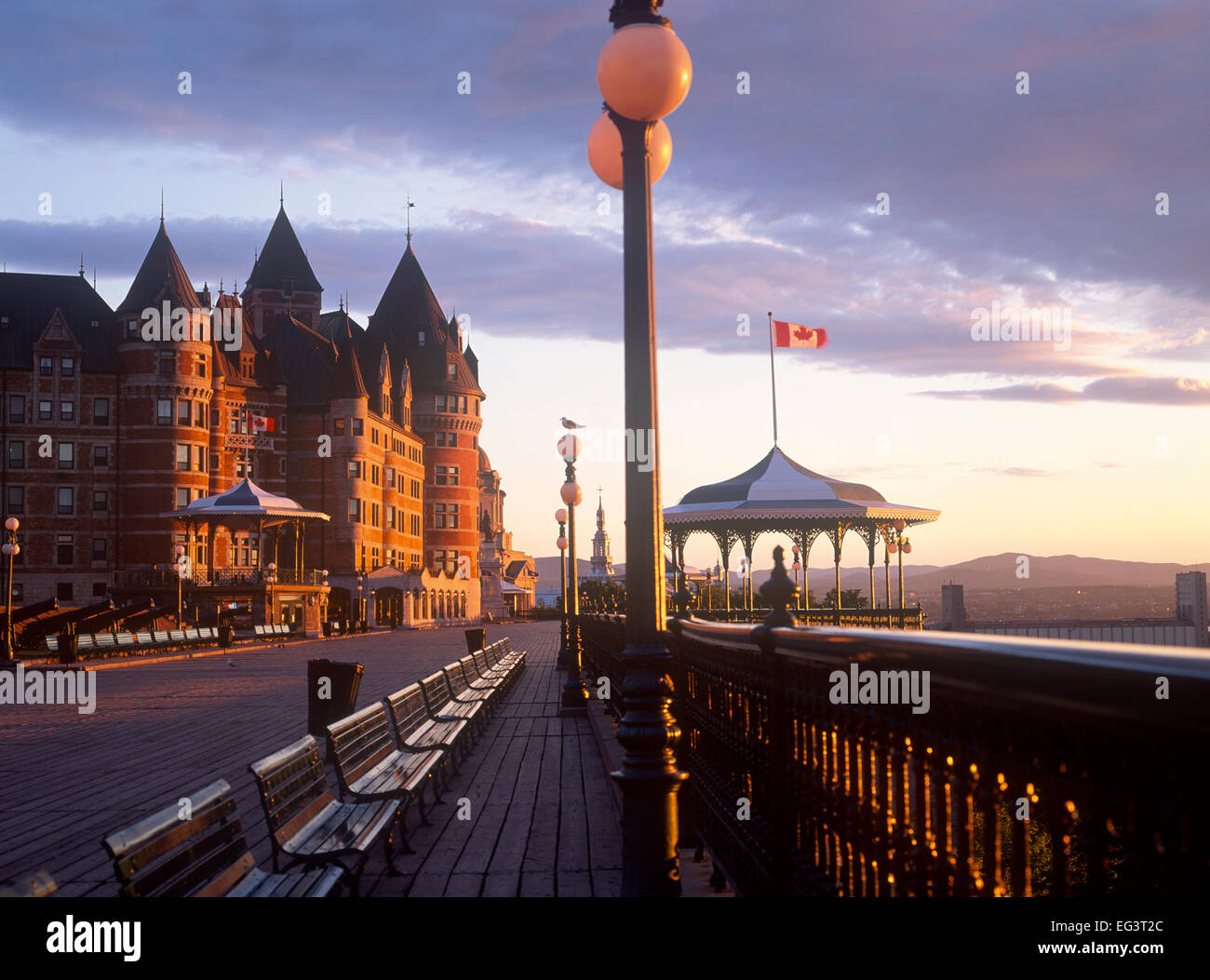 Chateau Frontenac and Terrasse Dufferin, Quebec City, Quebec, Canada - Stock Image