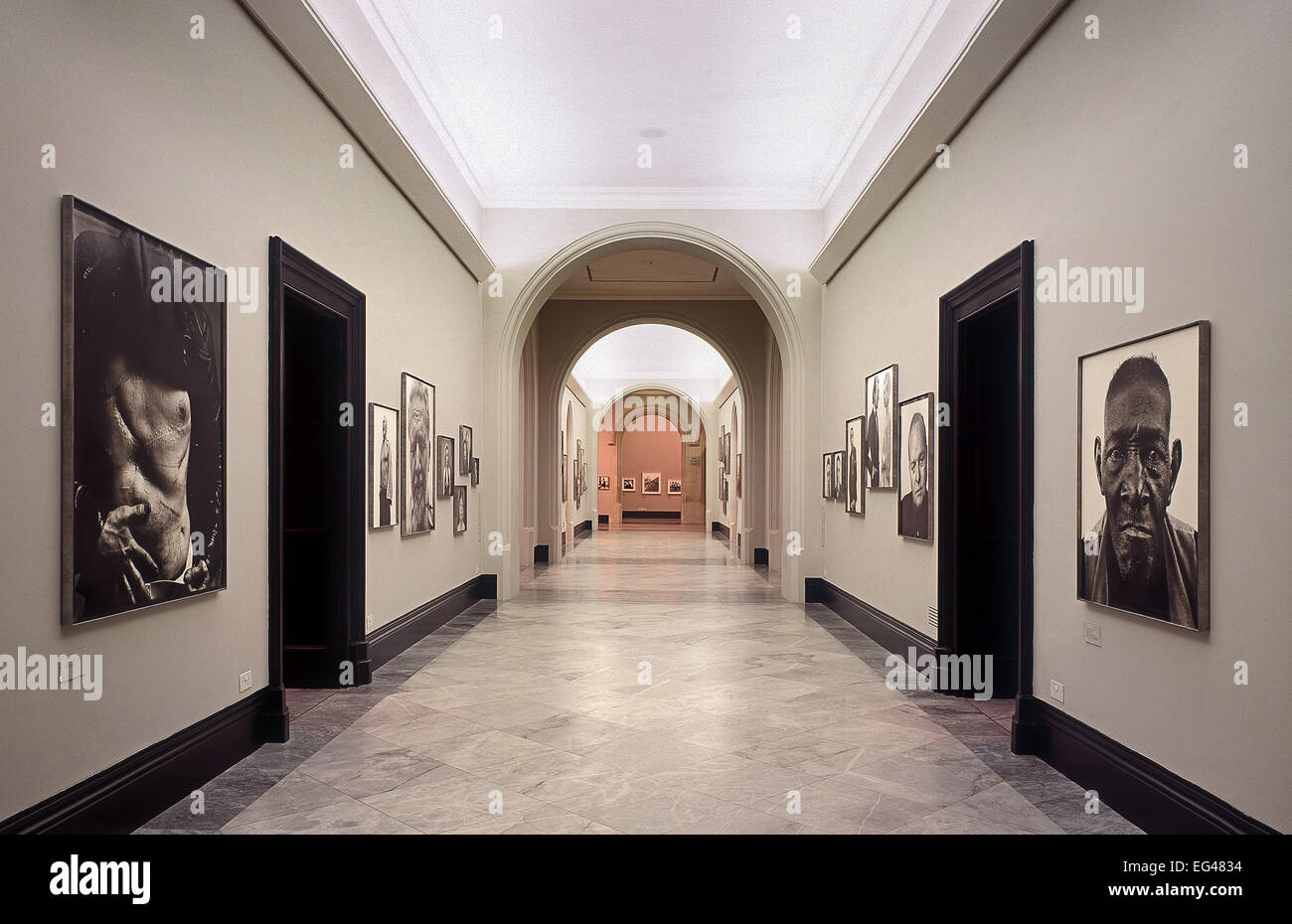 Empty Gallery Stock Photos & Empty Gallery Stock Images - Alamy