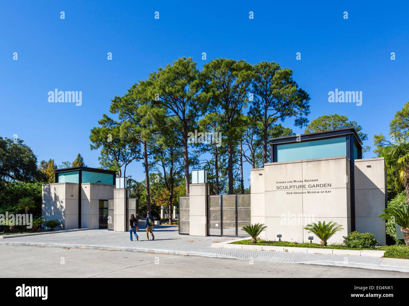 Entrance to the Sydney and Walda Besthoff Sculpture Garden, New ...