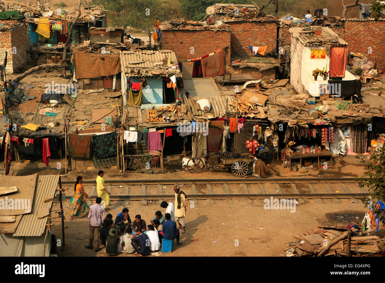 Ghetto and slums in Delhi India.These unidentified people live in  a very  difficult conditions - Stock Image