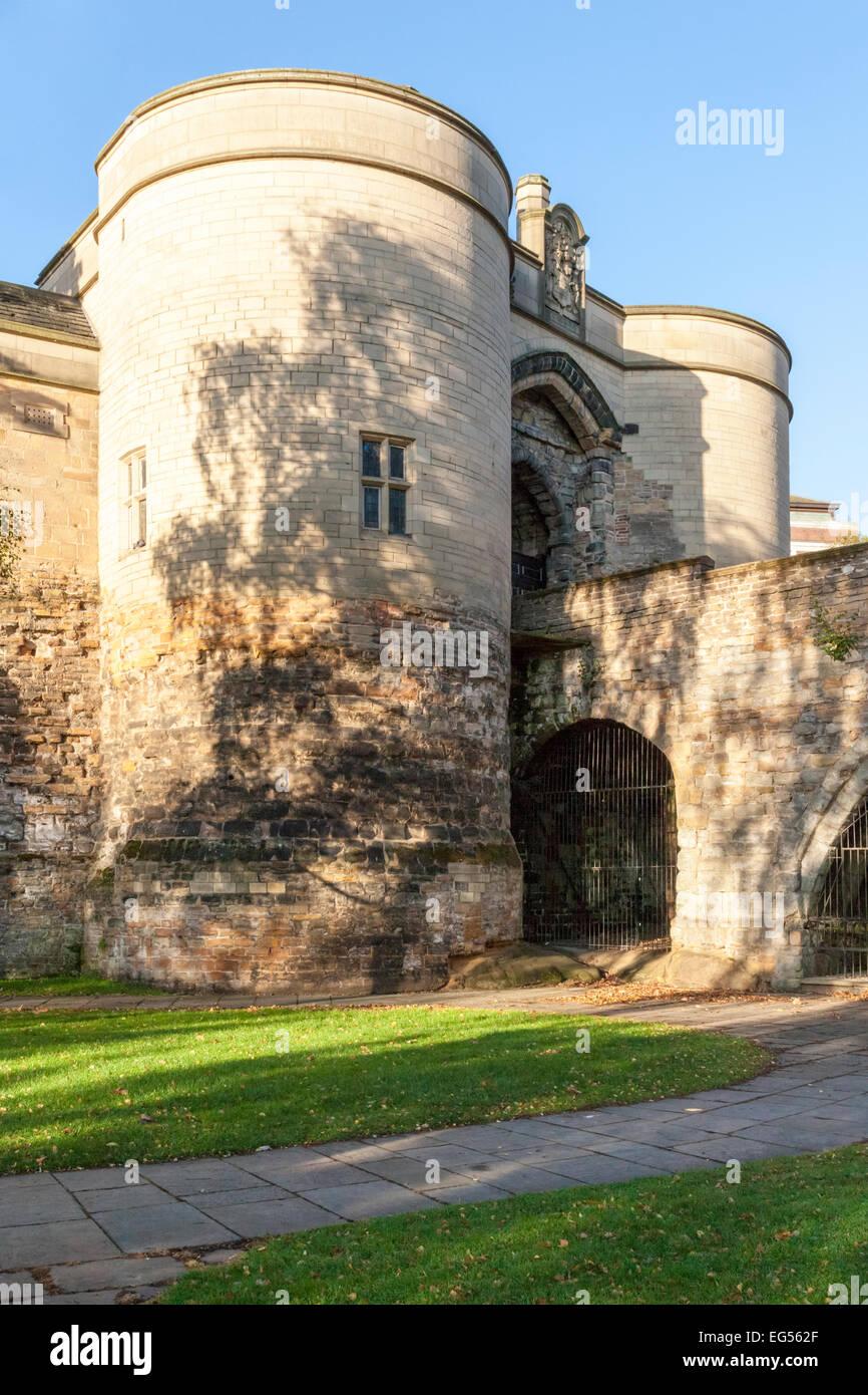 UK castle. The Gate House at Nottingham Castle, Nottingham, England, UK - Stock Image