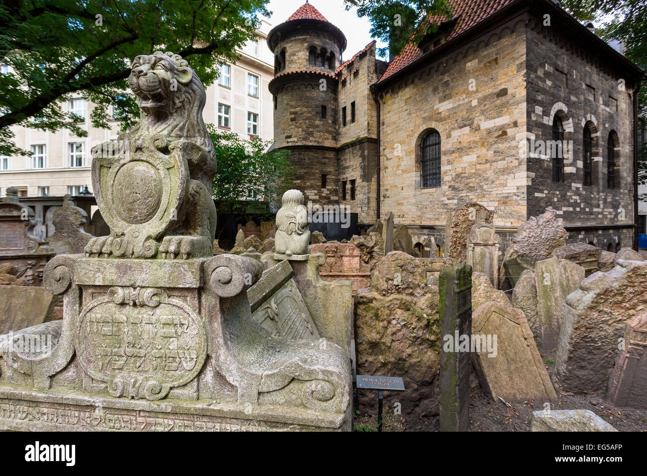 Old Jewish cemetery, Prague - Stock Image