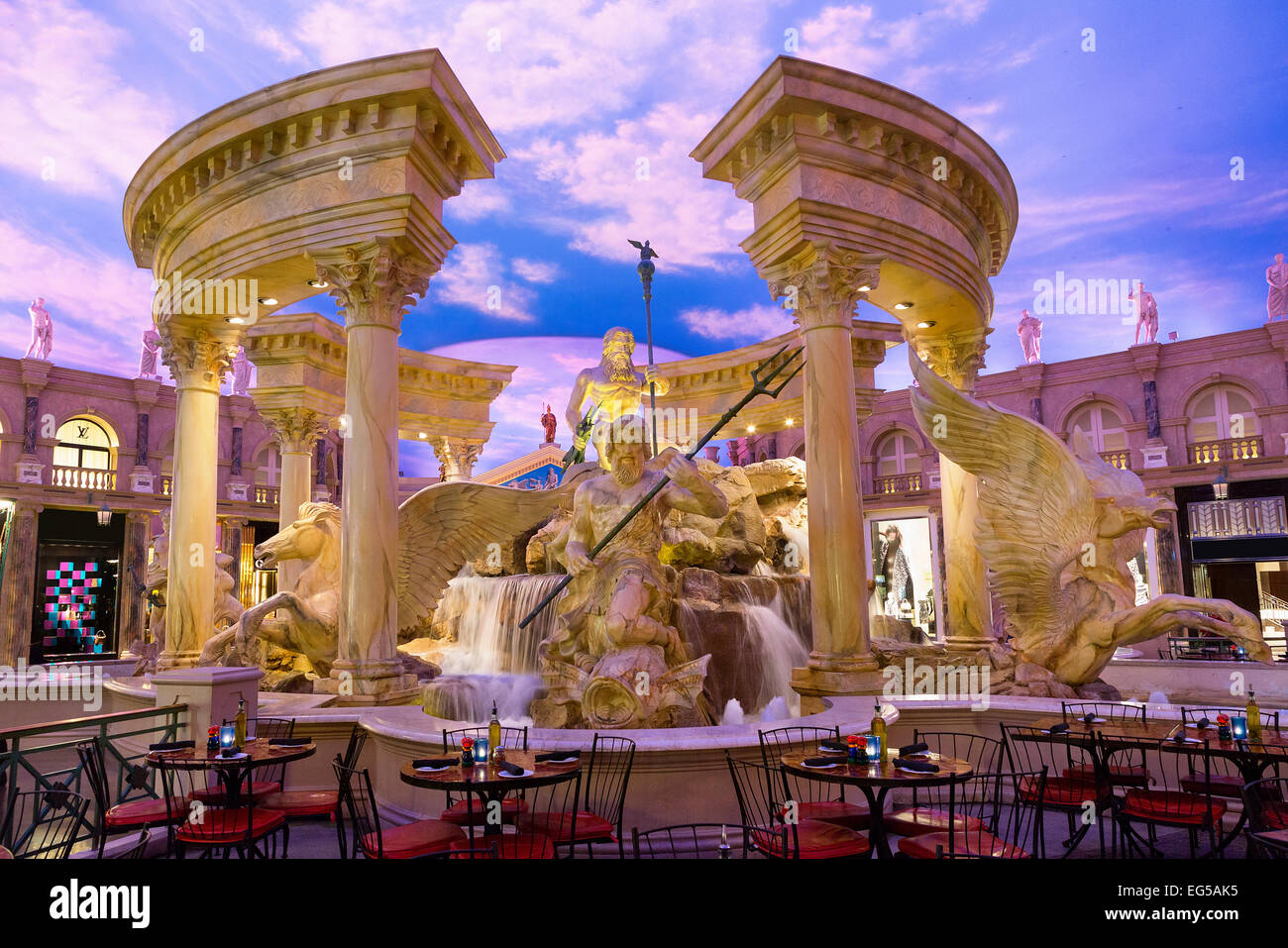 Fountain in Forum shops at Caesars Palace - Stock Image