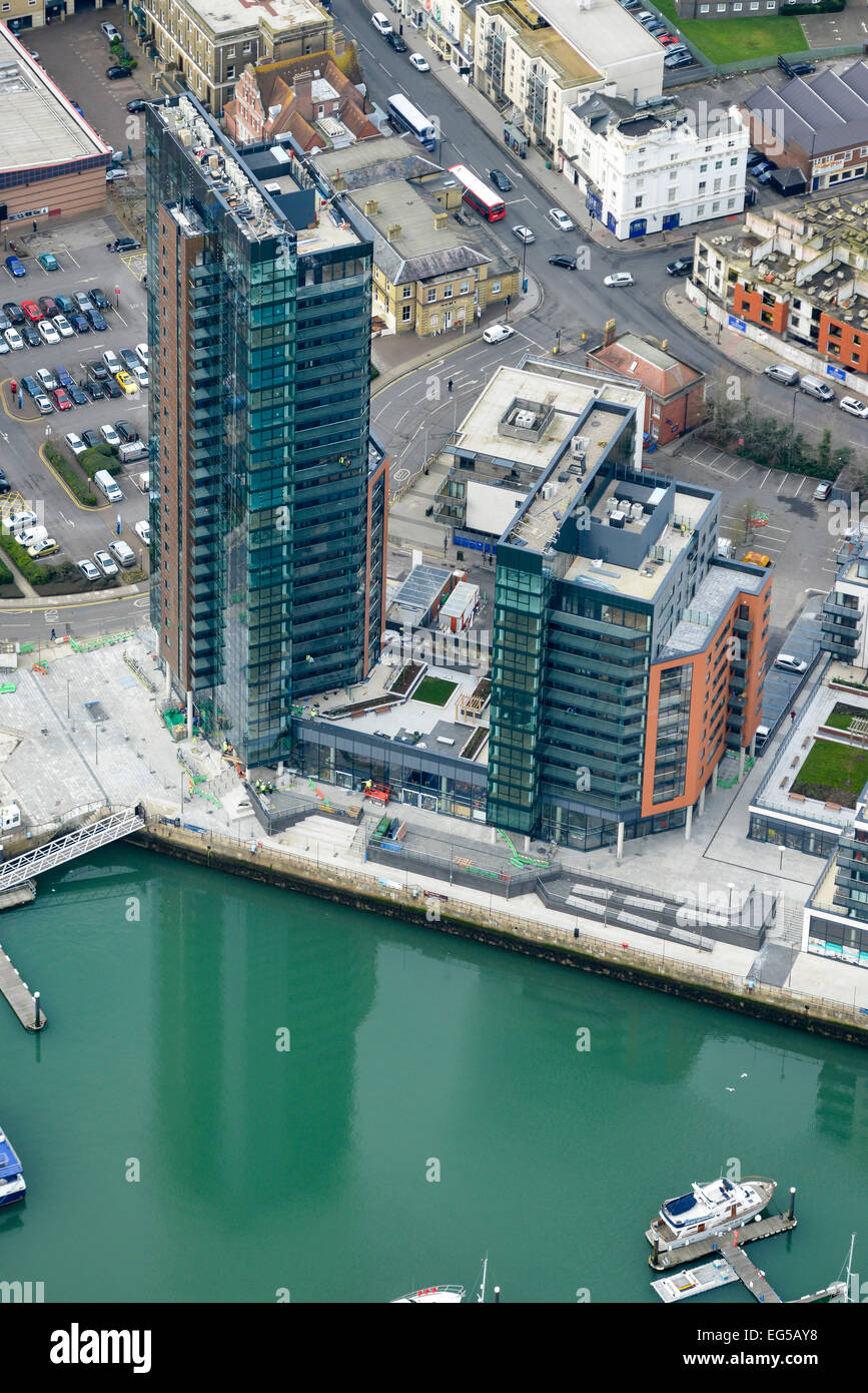 An aerial view of a new residential development in Southampton - Stock Image