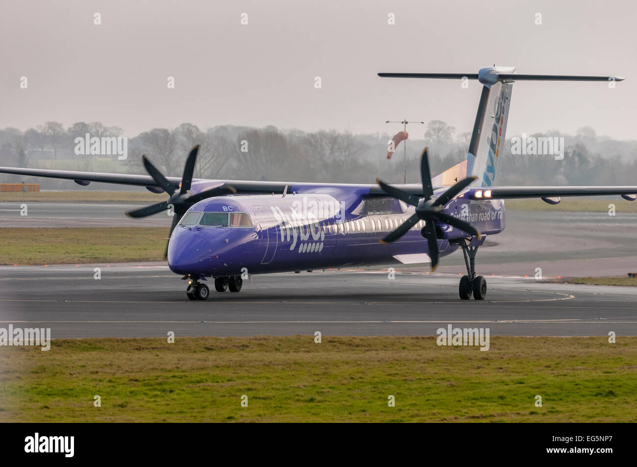 FlyBe Bombardier DHC-8-402 Q400 turbo prop. - Stock Image