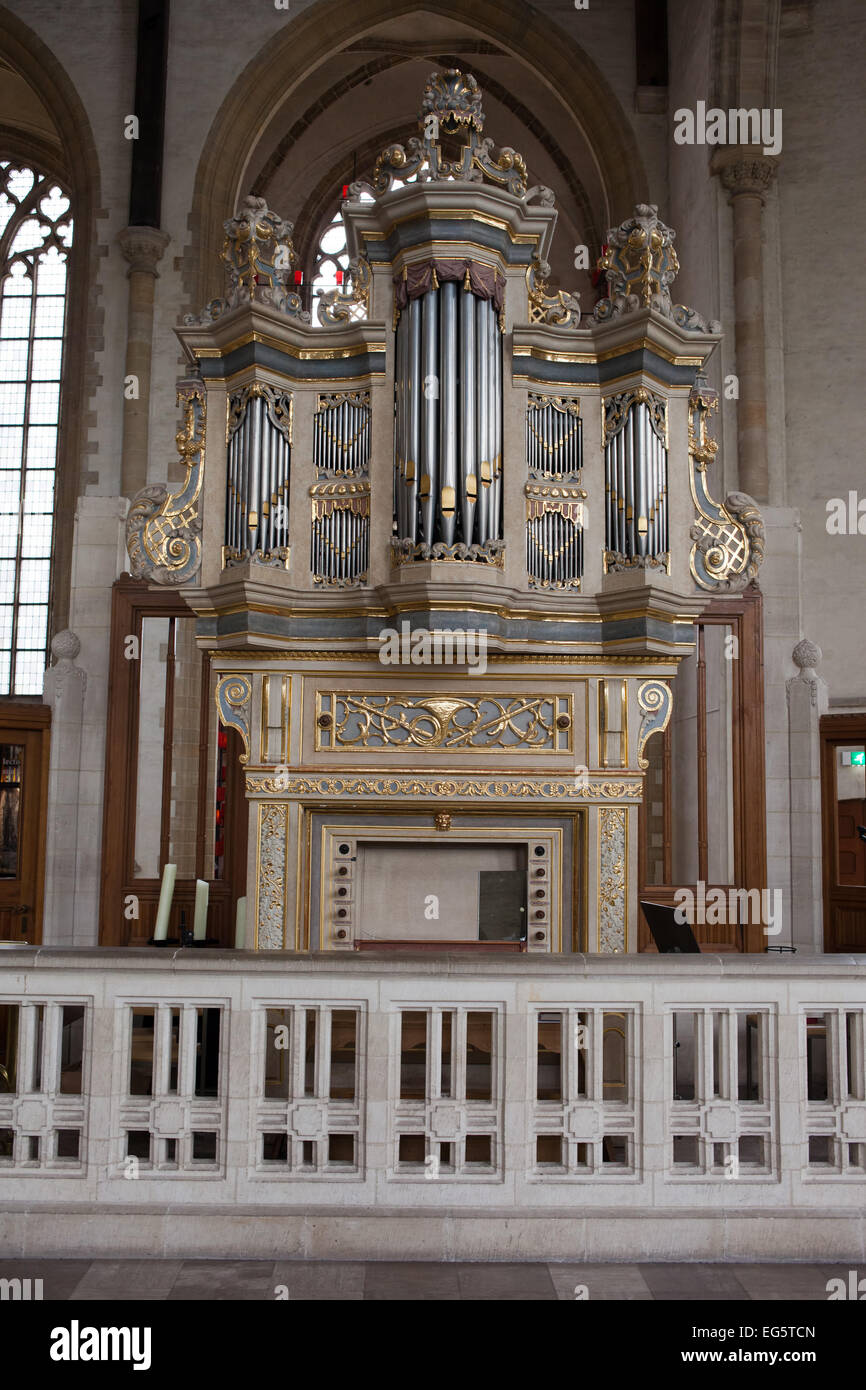 The Grote of Sint – Laurenskerk (St. Lawrence Church) pipe organ in Rotterdam, Holland, Netherlands. - Stock Image
