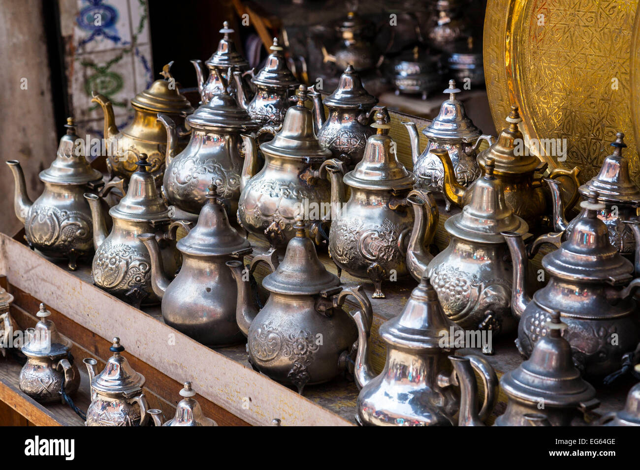 Teapots at a souvenir shop in the medina of Marrakech - Stock Image