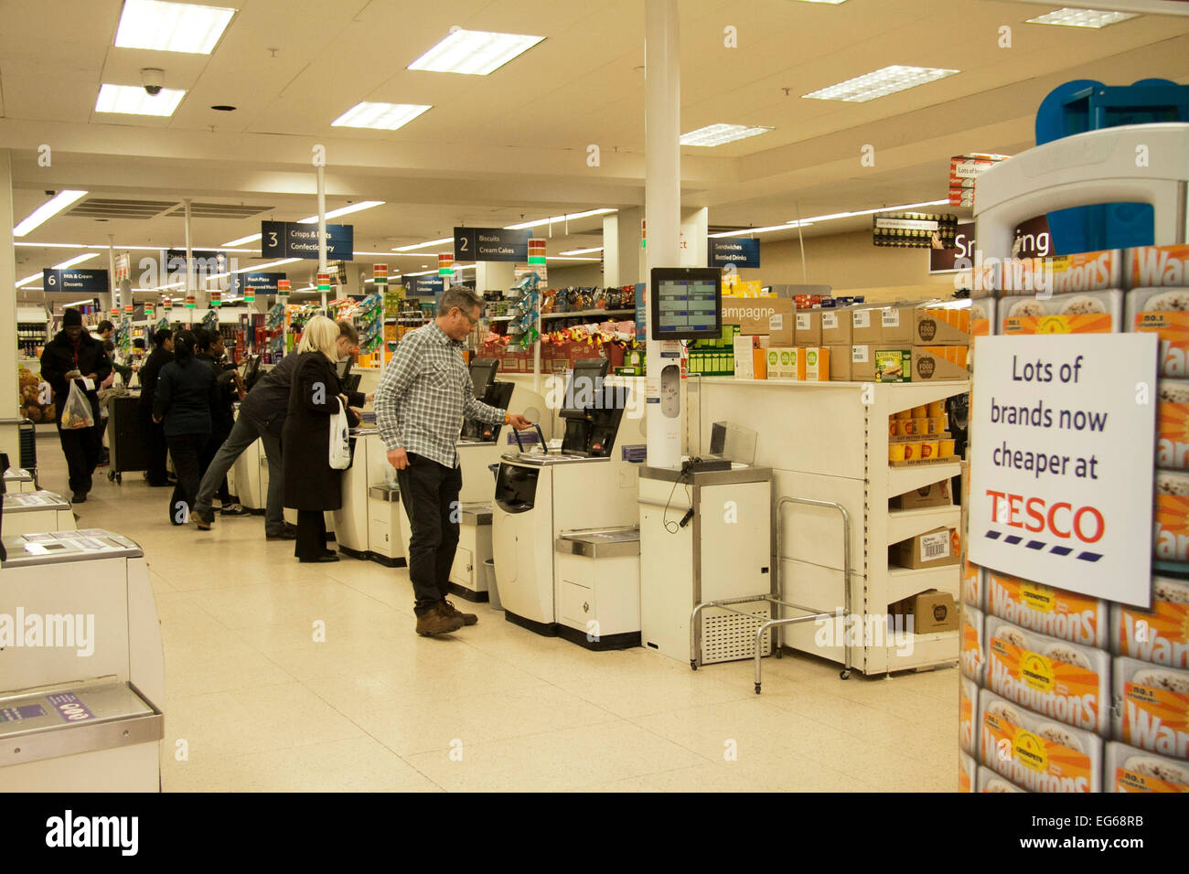 London,UK. 17th February 2015. Tesco supermarket has announced plans to close 43 unprofitable stores in the United - Stock Image