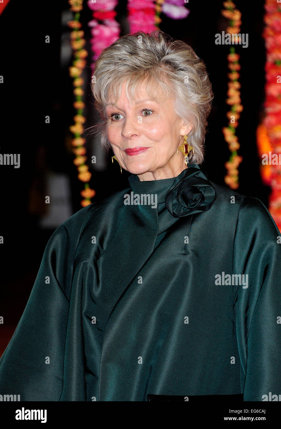 Communication on this topic: Sabrina (actress), diana-hardcastle/
