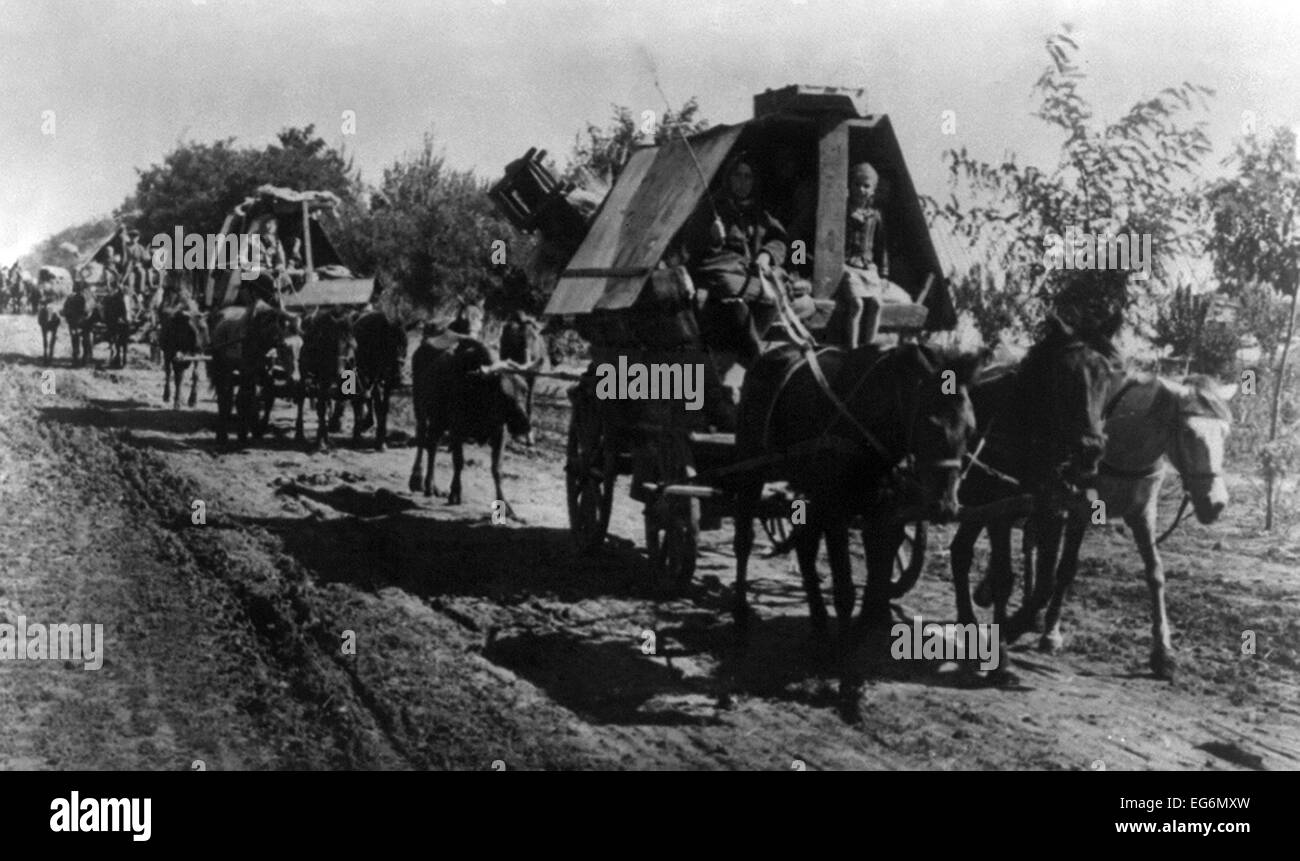Ethnic Germans returning to Germany ahead of advancing Soviet (Russian) armies in 1944. Most were recruited as immigrants - Stock Image