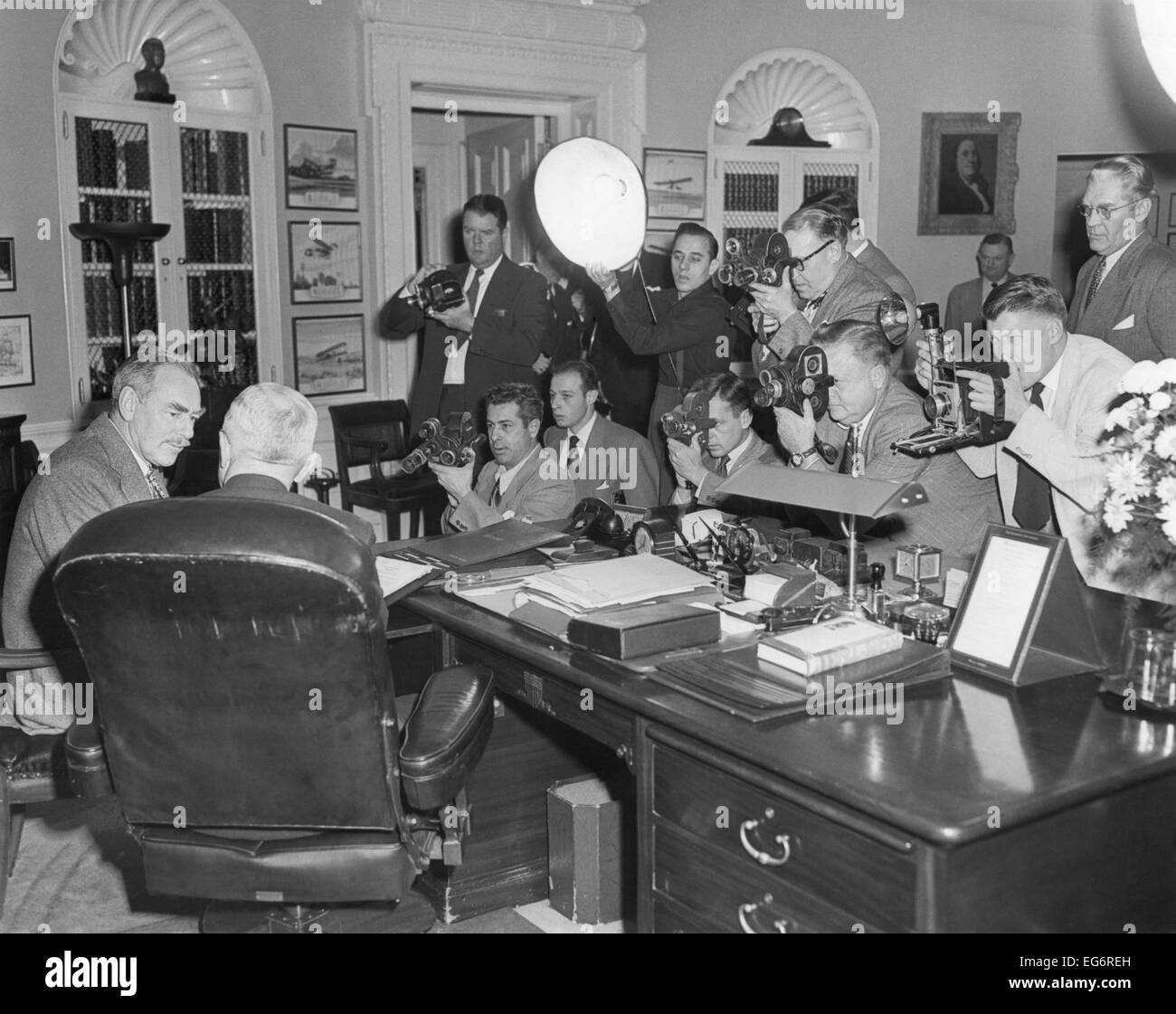 oval office history house president harry truman back to camera in the oval office with secretary of state dean acheson dec 21 1950 they were