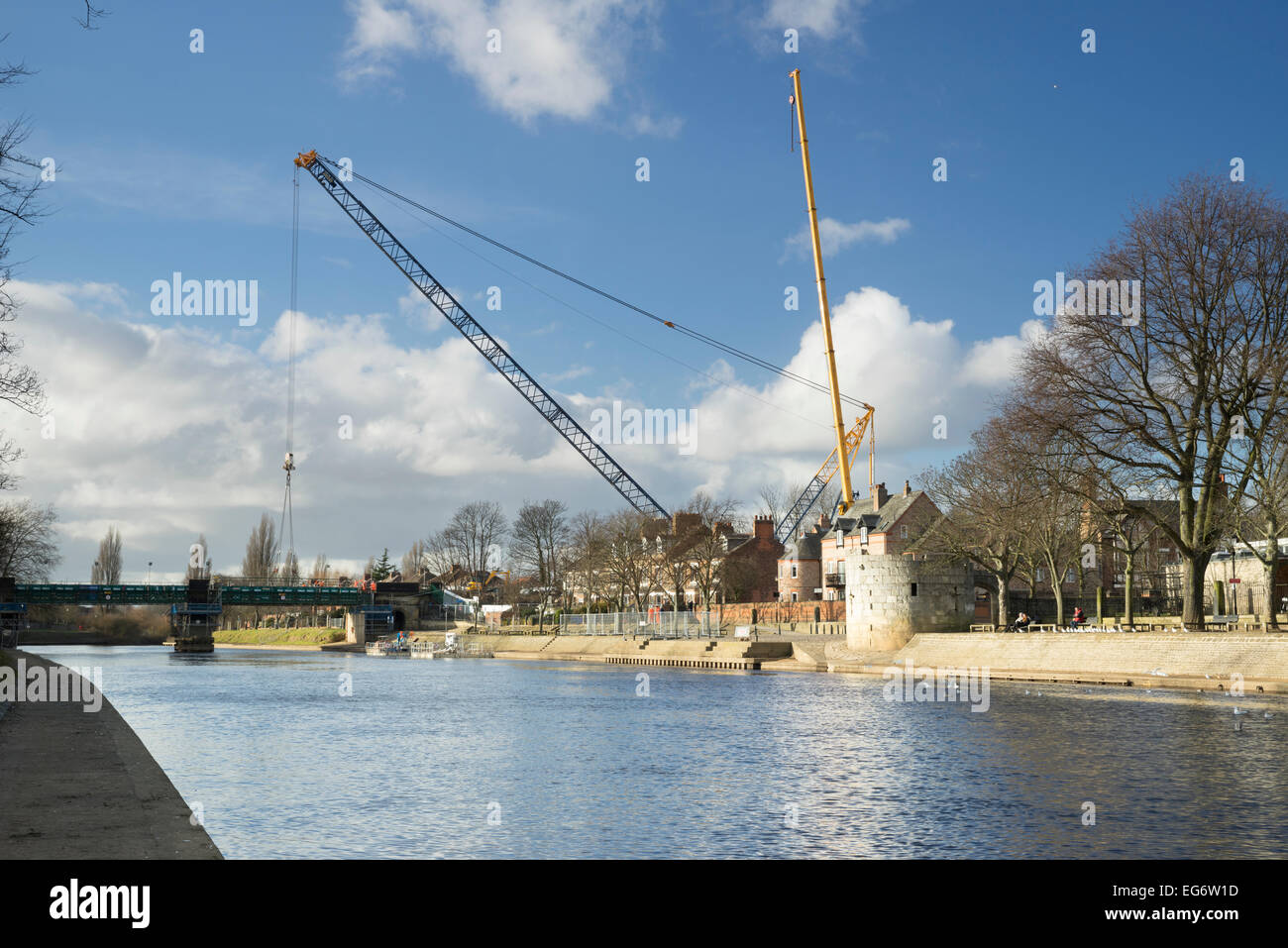 The Scarborough Railway Bridge over the River Ouse in York being replaced in February 2015. - Stock Image