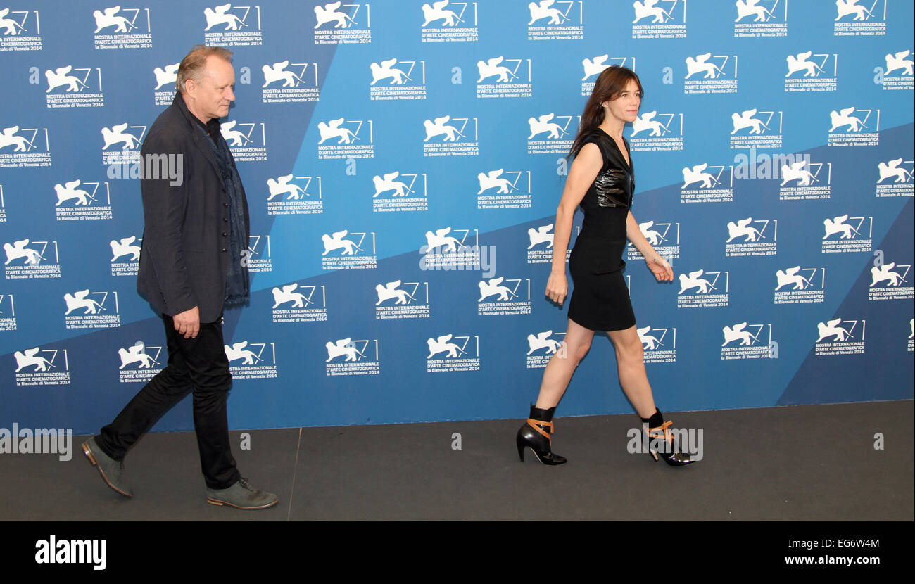 ITALY, Venice : French actress Charlotte Gainsbourg and Swedish actor Stellan Skarsgard at Lido di Venezia - Stock Image