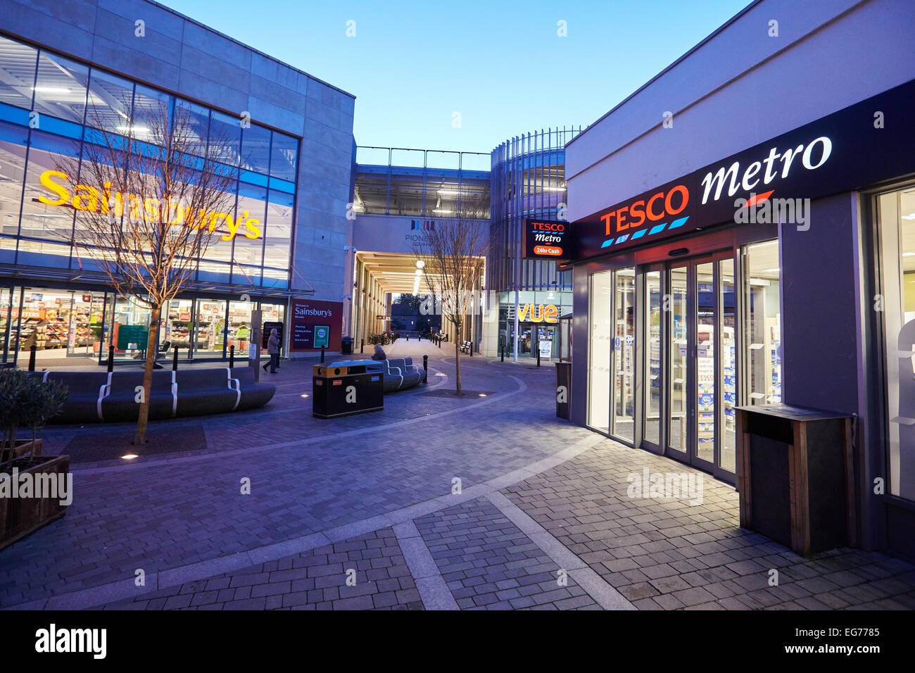 General view of the Tesco Metro store in Bicester. The store is one of 43 unprofitable locations being closed nationwide - Stock Image
