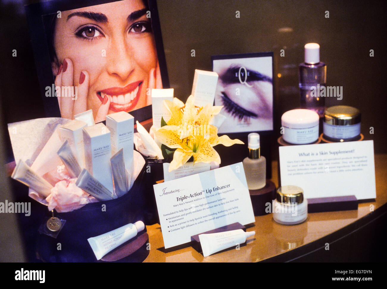 DALLAS, TX – MAY 1: Images depicting Mary Kay cosmetics promotional items and culture in Dallas, Texas on May 1, Stock Photo