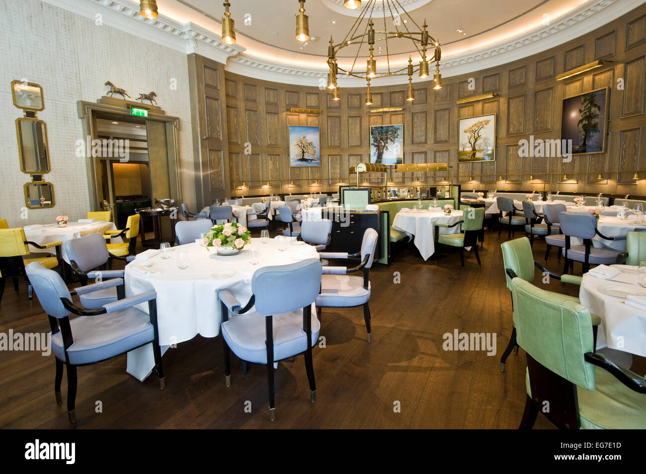 Interior Shot Of The Langham Hotel In London, One Of The Finest Five Star  Hotels
