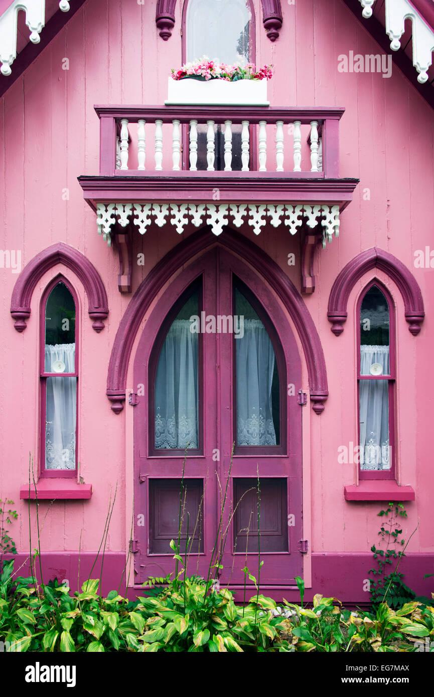 Gingerbread cottages, Oak Bluffs, Martha's Vineyard, Massachusetts, USA - Stock Image