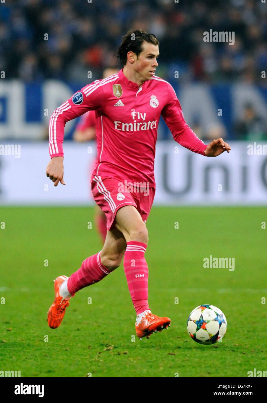 Gelsenkirchen, Germany. 18th February, 2015. UEFA Champions League: FC Schalke 04, S04 (blue) - Real Madrid (Pink) - Stock Image