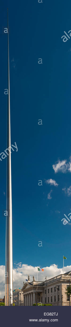 The  Spire of Dublin (Monument of Light, An Túr Solais) and the General Post Office (GPO), in O'Connell - Stock Image