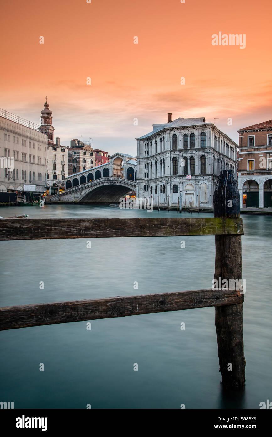 Grand Canal with Rialto Bridge at sunset, Venice, Veneto, Italy - Stock Image