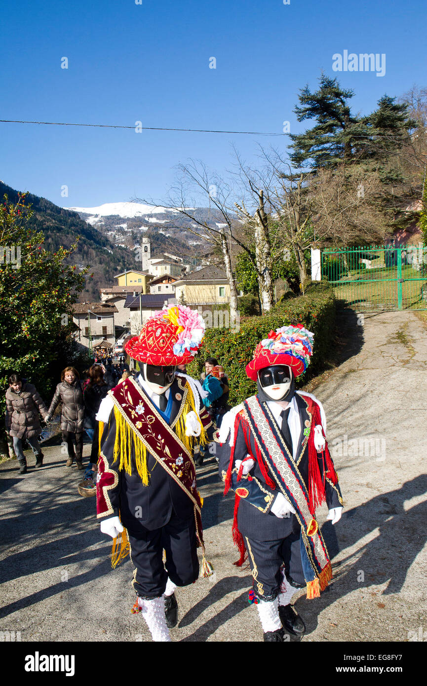 Italy, Lombardy, Bagolino, Carnival of Bagolino. The masks dating back to the sixteenth century dance on the streets - Stock Image