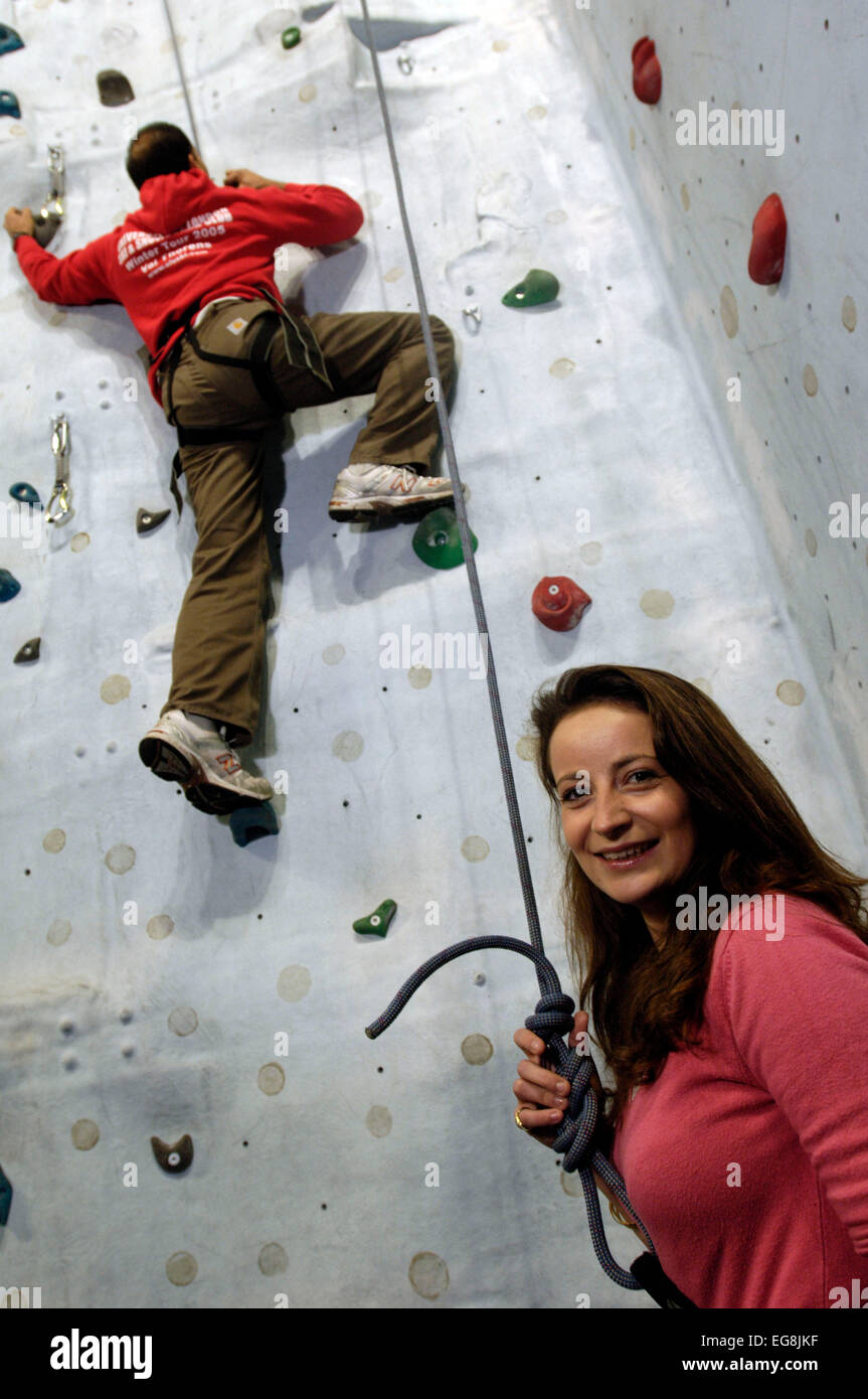 Date Event : Georgia Darell at a Singles event set at Climbing Wall, Swiss Cottage 10 nov 2006   on the wall with - Stock Image