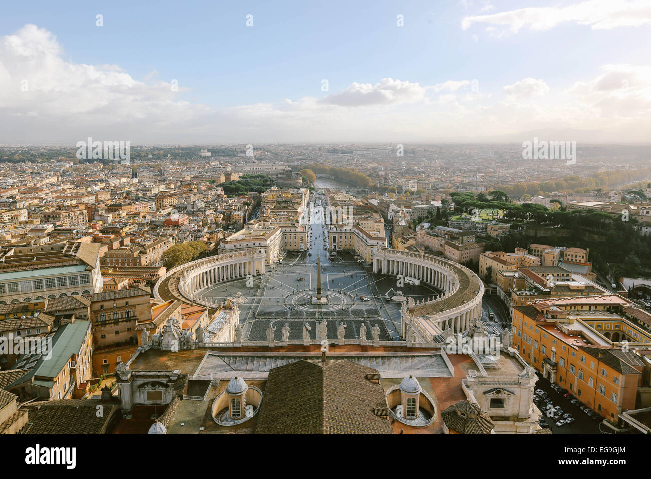Italy, Rome, Vatican, Vatican City, St. Peter's Square, Elevated view of St. Peter's Square and horizon over city Stock Photo